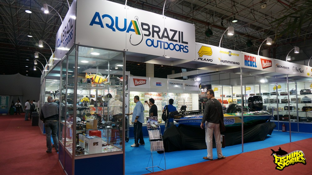 Estande enorme da Aqua Brazil Outdoors